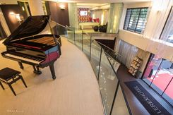 Hall piano Rexhotel